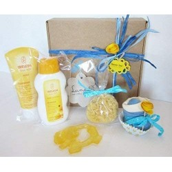 WELEDA Gift Idea with 2 Weleda Products + Cupcake (Bib + Socks) | Available in Boys, Girls and Unisex Version